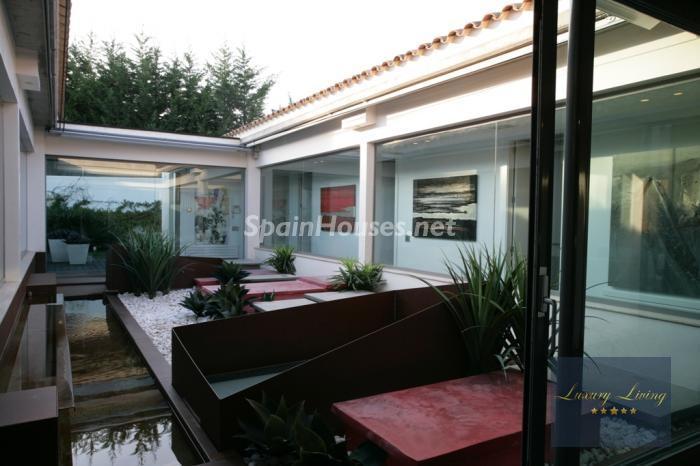 terraza - Casa de la Semana: Precioso chalet de diseño en Sant Andreu de Llavaneres (Barcelona)