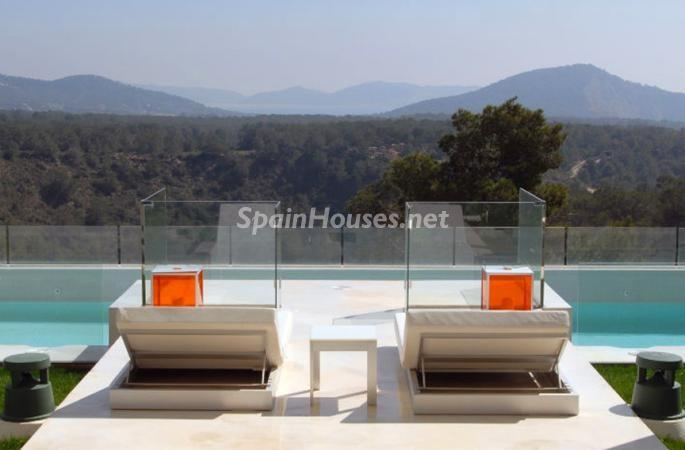 terraza118 - Moderna y espectacular villa diseño en Es Cubells (San José, Ibiza)