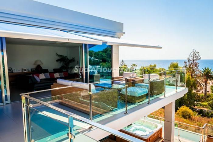 terraza123 - Moderna villa con fantásticas vistas al mar en Les Basetes, Calpe (Costa Blanca)