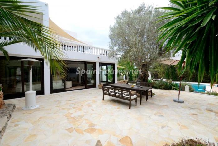terraza126 - Bonita villa en Santa Eulalia (Ibiza, Baleares): toque mediterráneo y mucha privacidad