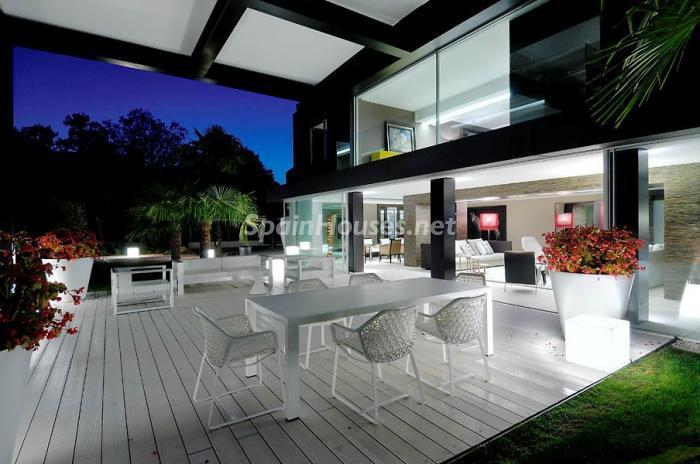 terraza13 - Casa de la Semana: Espectacular Villa de lujo en La Moraleja: diseño y exclusividad en Madrid