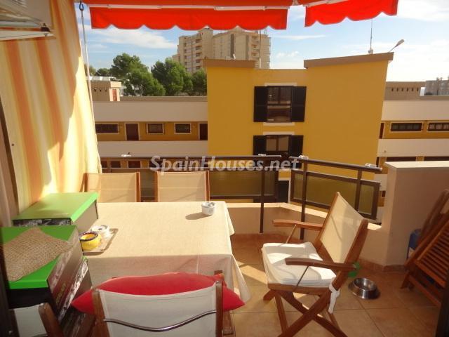 terraza56 - Coqueto piso dúplex en primera línea de mar en Cala Viñas, Calvià (Mallorca, Baleares)