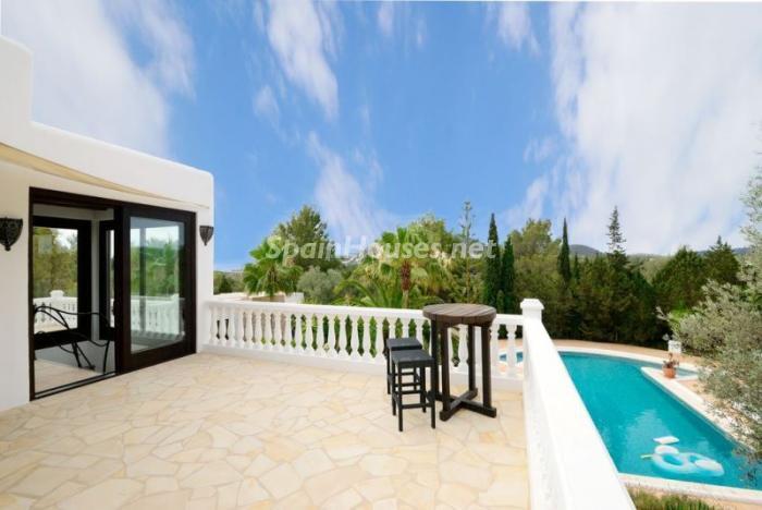 terraza57 - Bonita villa en Santa Eulalia (Ibiza, Baleares): toque mediterráneo y mucha privacidad
