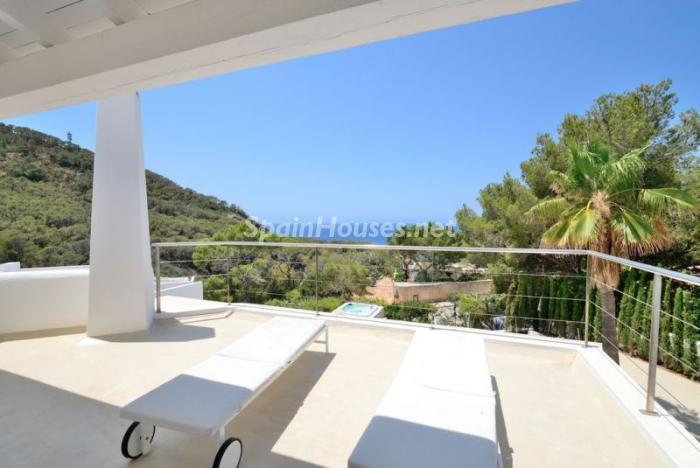 terraza63 - Fantástica villa en Cala Vadella (San José, Ibiza): blanca, luminosa y mediterránea