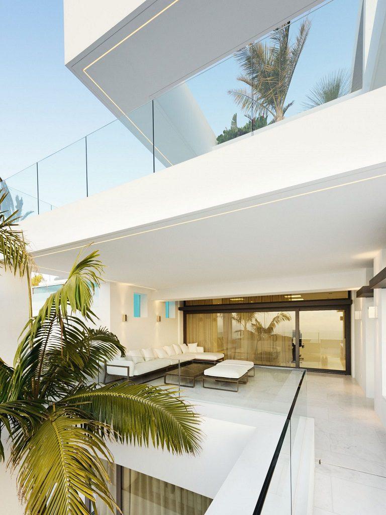 terrazas 2 768x1024 - Altea Hills: Villas de diseño mediterráneo con vistas al mar en Costa Blanca (Alicante)