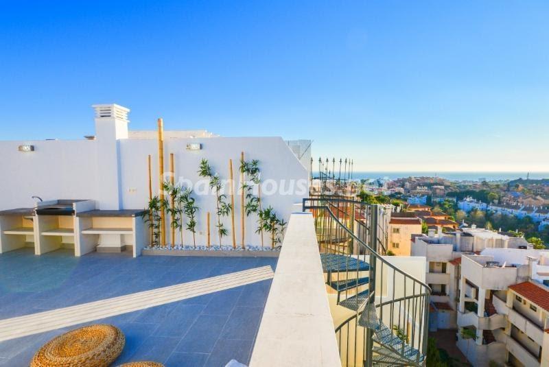 terrazayvisas - Terraza de luz en un genial ático en Riviera del Sol, Mijas Costa (Málaga)