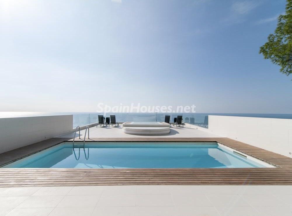 terrazayvistas4 1 - Casa minimalista transparente, diáfana y abierta al mar en Castelldefels (Barcelona)