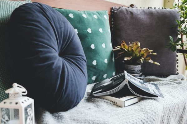 textiles terraza 600x400 - Ideas para decorar una azotea o patio pequeño y crear un espacio del que disfrutar