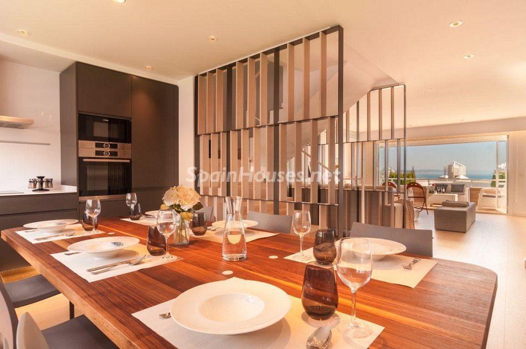 torredembarra tarragona 1 1024x680 - Vivienda y decoración: 12 bonitas mesas listas para almorzar cerca del mar