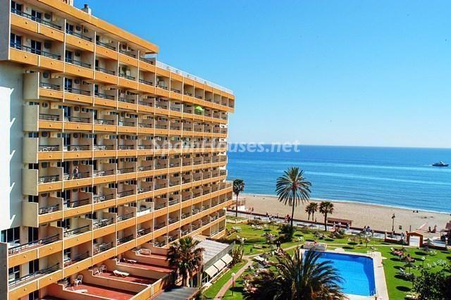torremolinos malaga 5 - Primera línea de playa: 14 bonitos apartamentos y pisos para disfrutar junto al mar