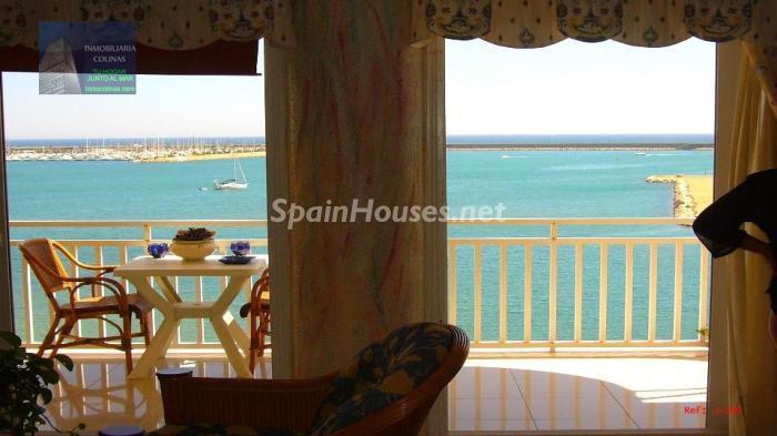 torrevieja1 - A la caza de gangas: 14 apartamentos baratos en la playa con espectaculares vistas al mar