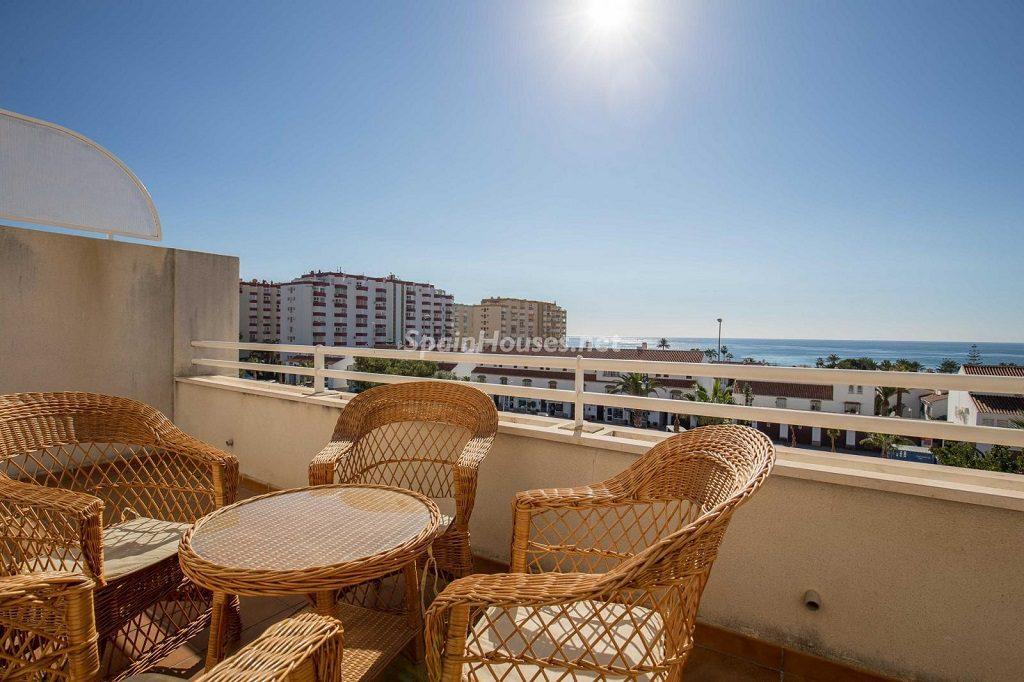 torroxcosta malaga 1 1024x682 - 20 pisos en la costa con vistas al mar por menos de 200.000 euros