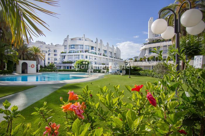 urbanizacion - Luminoso y coqueto dúplex reformado en el centro de Marbella, Costa del Sol