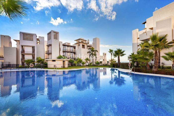 El Baño Azul Pozuelo:Genial apartamento bajo el fantástico cielo azul de la Nueva Milla de