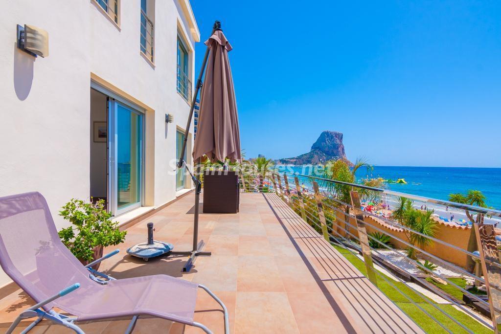 vacaciones calpe alicante 1024x683 - Sube el alquiler de casas y apartamentos turísticos (38%) y continúa el caos legal