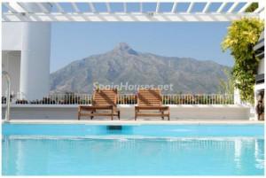 vacaciones marbella1 300x201 - Los apartamentos en alquiler de vacaciones dejan al año 2.685 millones en España