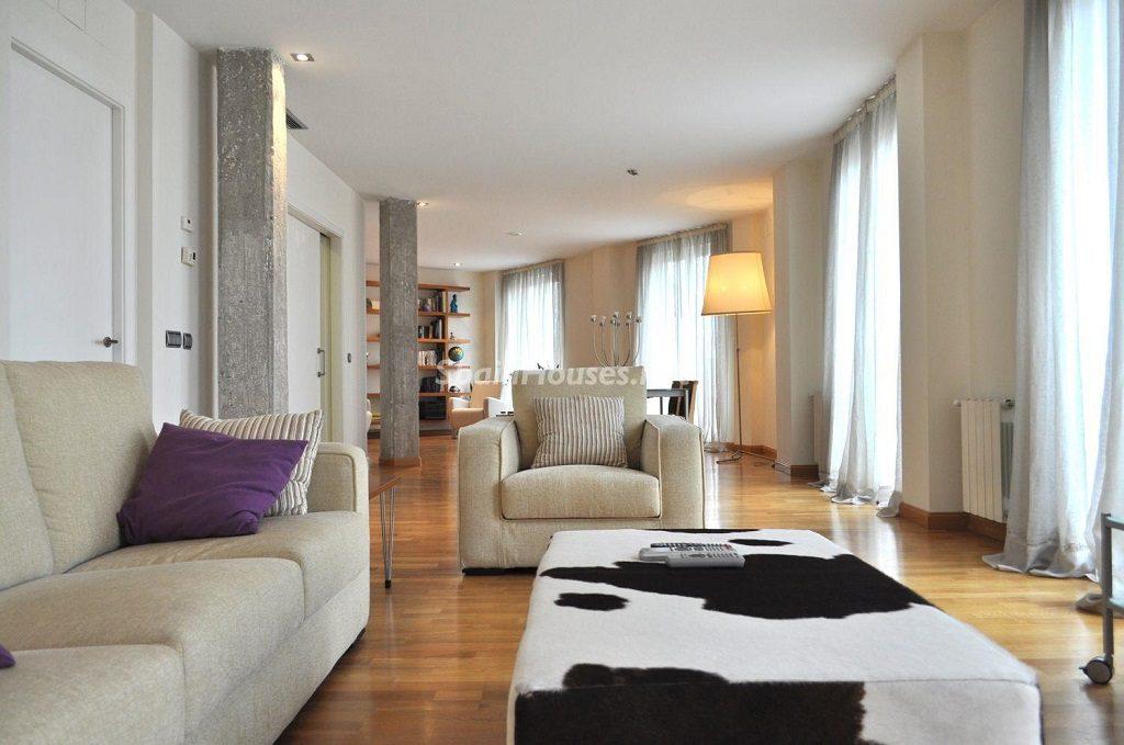 valencia 4 1024x679 - Toque clásico y moderno en 11 cálidos salones de elegante lujo otoñal