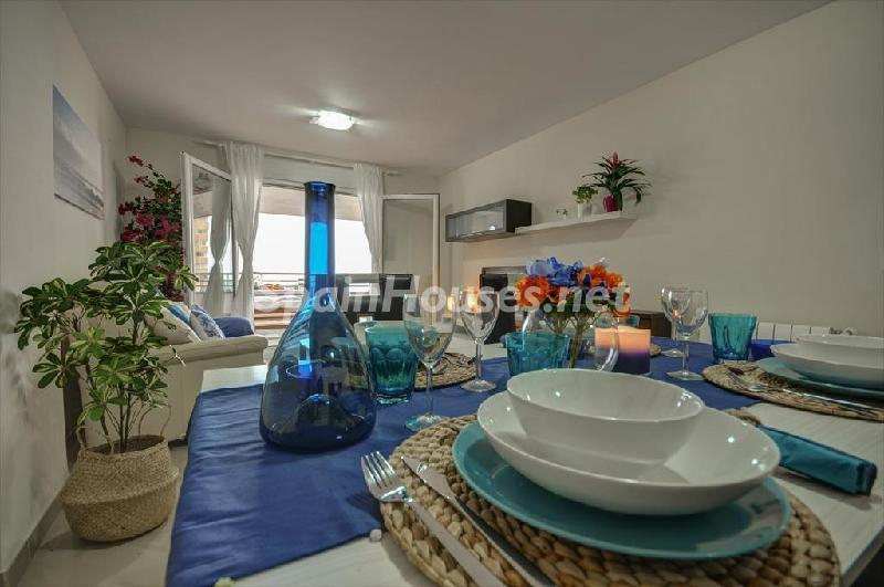 valencia valencia 1 - Vivienda y decoración: 12 bonitas mesas listas para almorzar cerca del mar