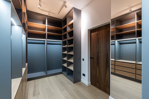 vestidor vacio - Ideas para hacer un vestidor en casa aprovechando cualquier hueco