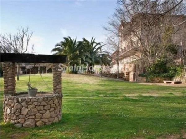vilafrant girona - 22 fantásticas casas de piedra, masías catalanas y villas mallorquinas para enamorar