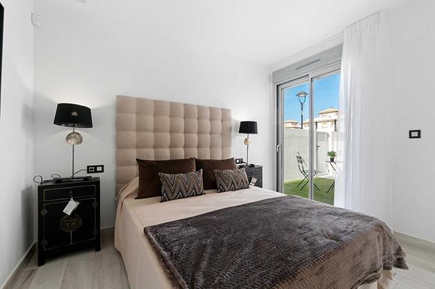villa Alicante habitacion - Villa exclusiva en Alicante junto a la playa