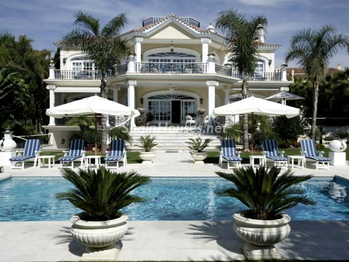 villa en puerto banus en venta - Magnífica villa en venta en Puerto Banús, Marbella