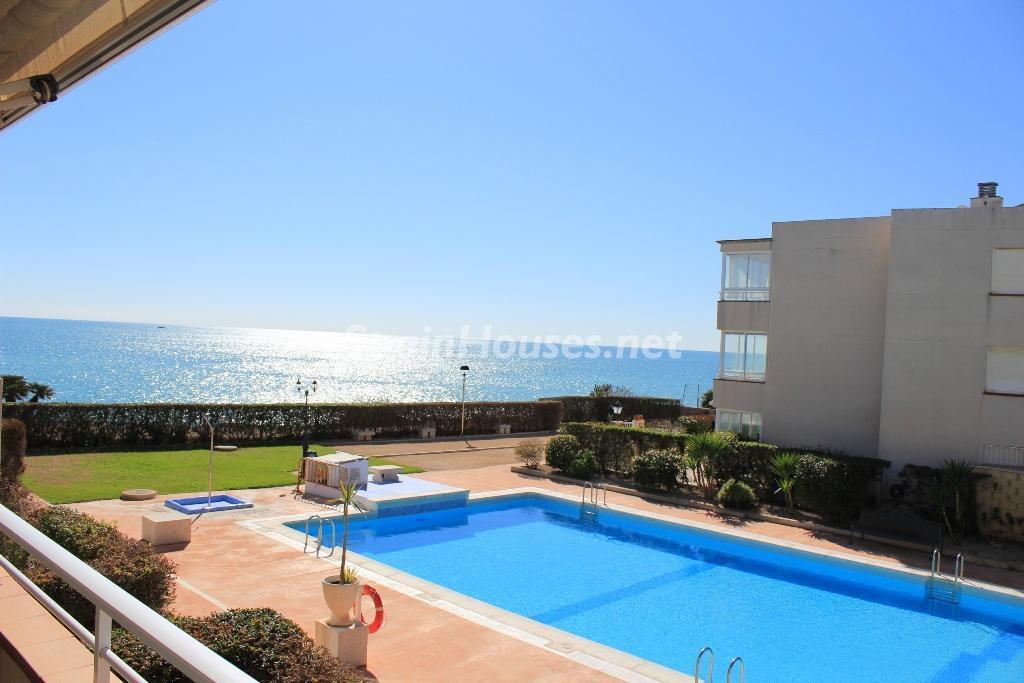 vinaros castellon 3 1024x683 - Sugerencias refrescantes para el verano: 19 pisos con piscina en la ciudad o junto al mar