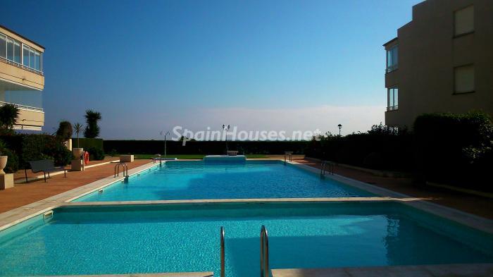 vinaros - 15 bonitos pisos de 3 dormitorios con jardines y piscina por menos de 150.000 euros