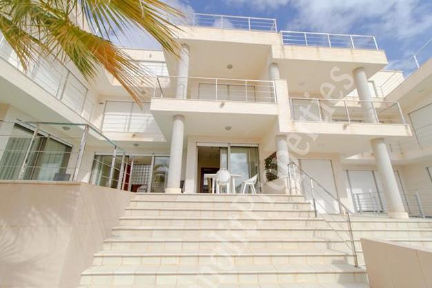 vistas casa2 - La casa de tus sueños es este chalet de lujo en Alicante situado junto al mar