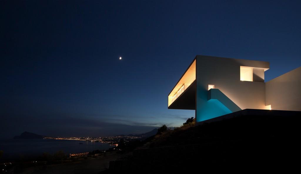 Nocturna - Casa y vistas