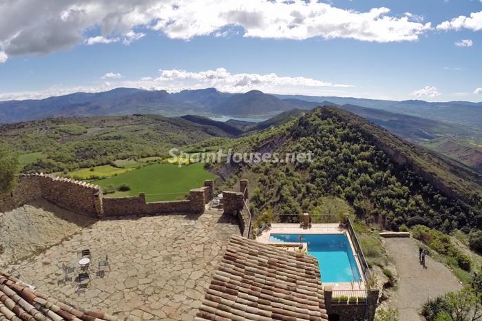 vistas11 - Casa de la Semana: Genial casa medieval en el Pirineo, para los amantes de la montaña
