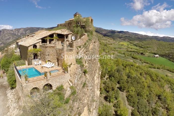 vistas5 - Casa de la Semana: Genial casa medieval en el Pirineo, para los amantes de la montaña