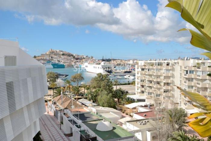 vistaspuerto - Casa de la Semana: Precioso ático de lujo en Marina Botafoch, Ibiza