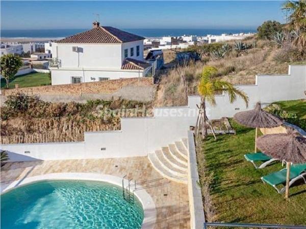 vistasypiscina1 - Coqueto y luminoso loft con vistas al mar en Conil de la Frontera (Costa de la Luz, Cádiz)