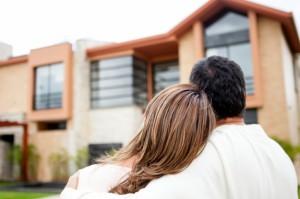 vivienda compra 300x199 - El comprador de vivienda aprende, tras la crisis es mucho más reflexivo y prudente