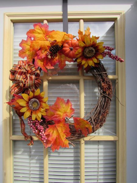 wreath 564983 960 720 1 450x600 - Ideas para decorar tu casa en Otoño